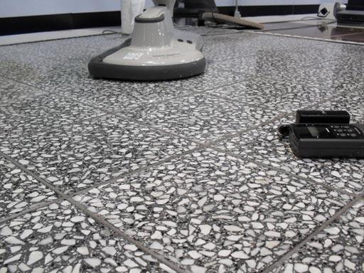 Полировка бетонного пола - результат применения алмазных падов Twister